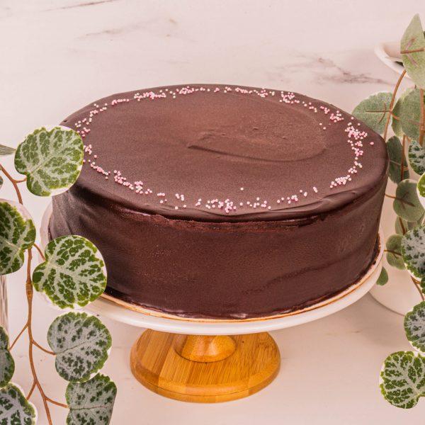chocolate rainbow cake by mori cakes