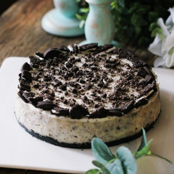 oreo cheesecake by cake delivery singapore