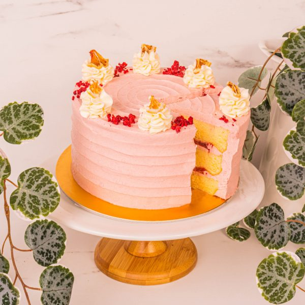 Strawberry Grapefruit cake sliced by mori cakes